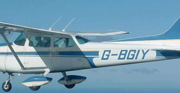 30 Minute Light Aircraft Flight (4 seat plane) from Glasgow