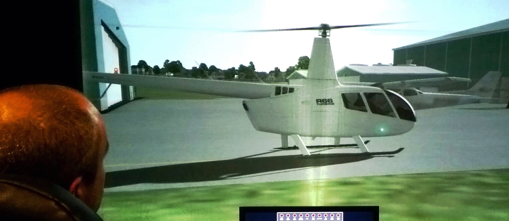 1 hour helicopter flight simulator experience, Cumbernauld Airport
